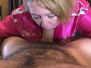 Mom gave a blowjob to her beloved stepson