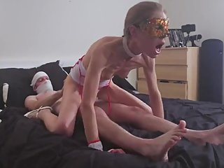 Skinny Milf Ande Purrr Plays Nurse