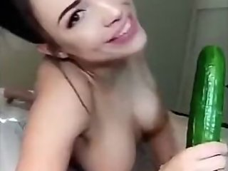Rainey James cocumber blowjob(јDD M≈ ON SNAP—HAT - giafoxу)