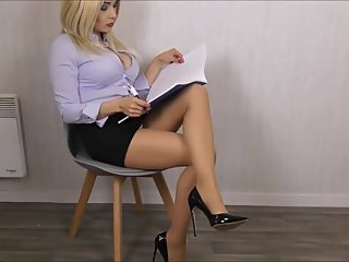 Legs pantyhose fetish