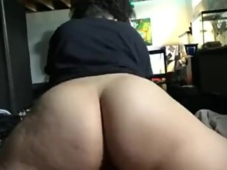 Thick ass chick riding that dick