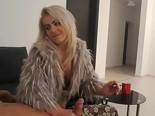 MomsTeachSex-Curvy stepmom teaches son to fuck her pussy