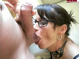 Amateur German MILF Malibu500 Gets The Old Fuck&Suck With Some Guy