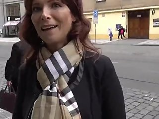 Hot mature american MILF gets anal fucked by stranger in Prague on vacation