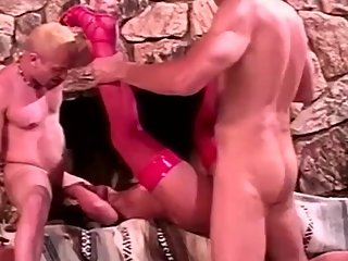 MomsWithBoys - Sexy Mom Having Two Cocks In Her Pussy And Anal