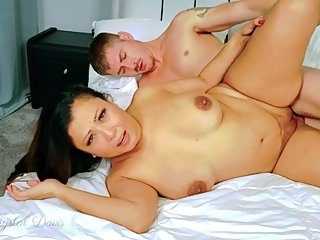 Cougar Krystal Davis devours Jackie Knight and his cock
