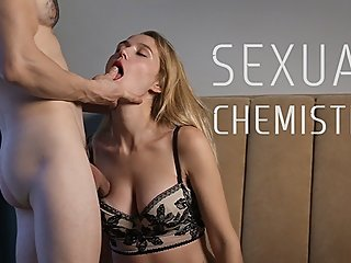 Real Sexual Chemisrty - Amateur Suck & Fuck with Hot Creampie (Full Video)