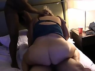 Thick Milf loves BBC