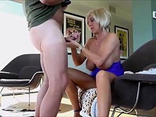 Shameless mature stepmom gets hard fucked by her stepson after dinner