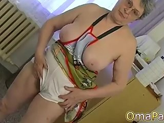 OmaPasS Came With Hot Lesbian Mature Masturbation