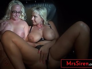2 Busty MILF Hotwives Public Jerk Off Modeling for Strangers