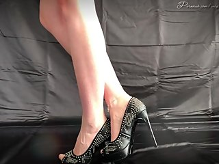 High Heels Worship and anklet chain QOS