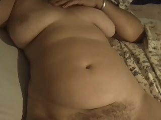 spy on hairy chubby latina milf