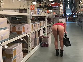 HER BUBBLE BUTT TURNS HEADS AT HOME DEPOT