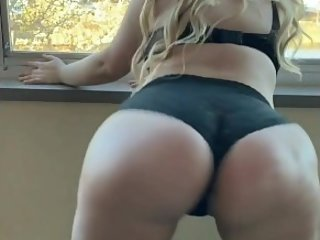 Big Pawg Booty Ex Twerking