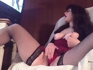 Hot PAWG MILF Watches Porn n Fucks Creamy Wet Pussy Talks Dirty